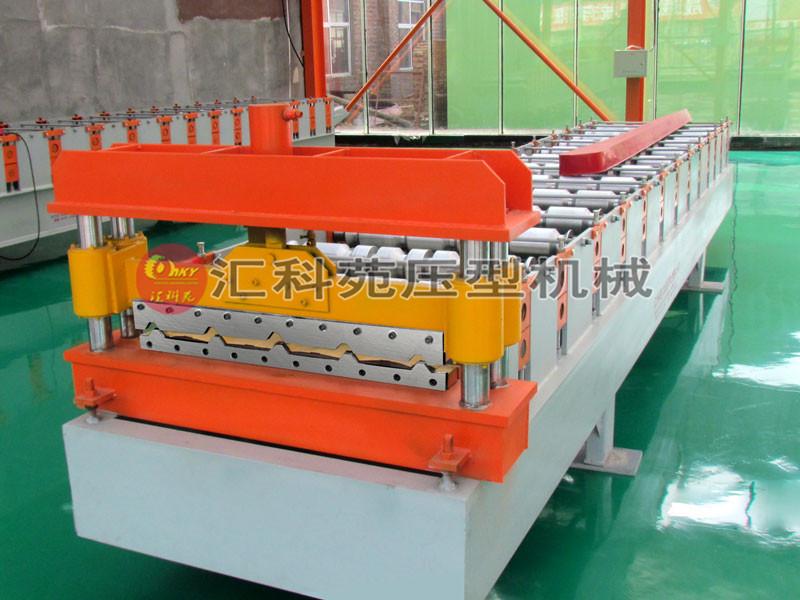 910型加宽彩钢压瓦机